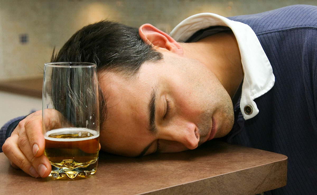 8 - alcool-homme