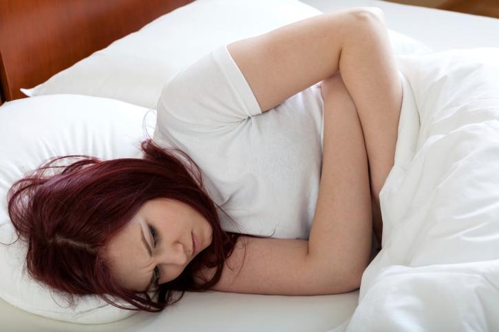 Fumer-a-l-adolescence-augmente-le-risque-de-douleurs-menstruelles-chroniques