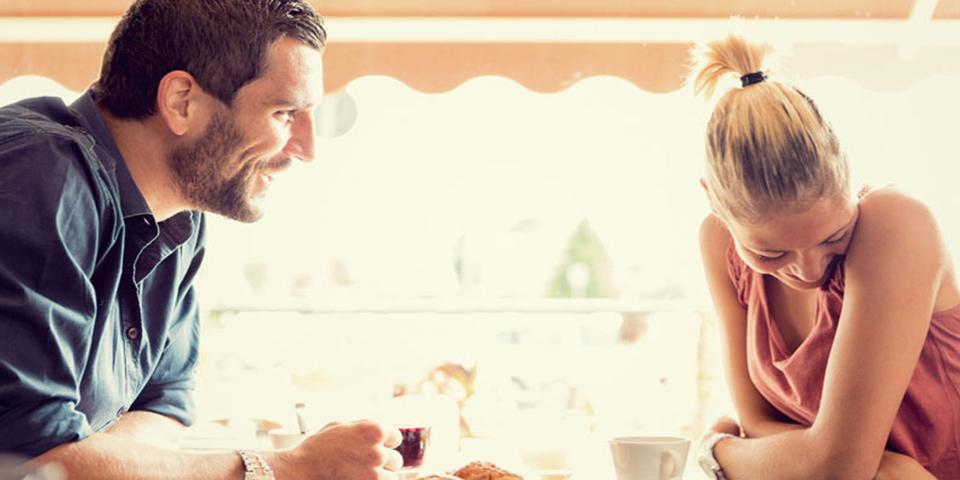 Savoir si une fille timide est amoureuse [PUNIQRANDLINE-(au-dating-names.txt) 66
